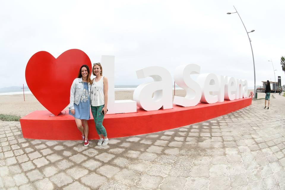 Realizan lanzamiento oficial de letras en volumen en La Serena para difusión turística