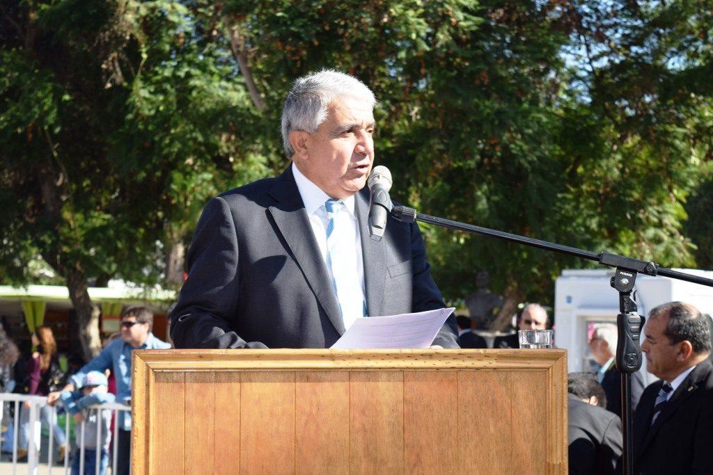Alcalde de Ovalle presenta demanda por deuda en educación, detractores dicen que reconoció déficit