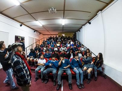 """Comienza en Vicuña programa """"Acercando el Cine"""" para alumnos de la comuna"""