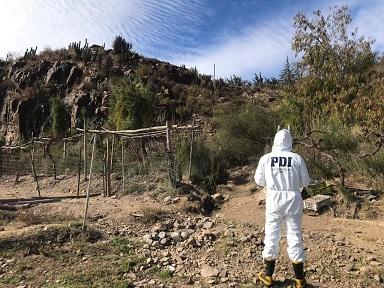 En canal de regadío de Río Hurtado encuentran cadáver de mujer de 30 años