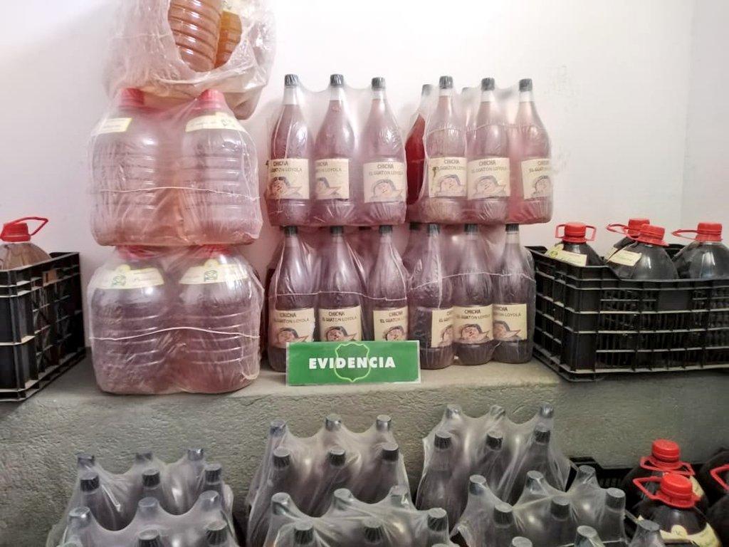 Decomisan casi 300 litros de chicha que se vendía de manera ilegal en Quilimarí