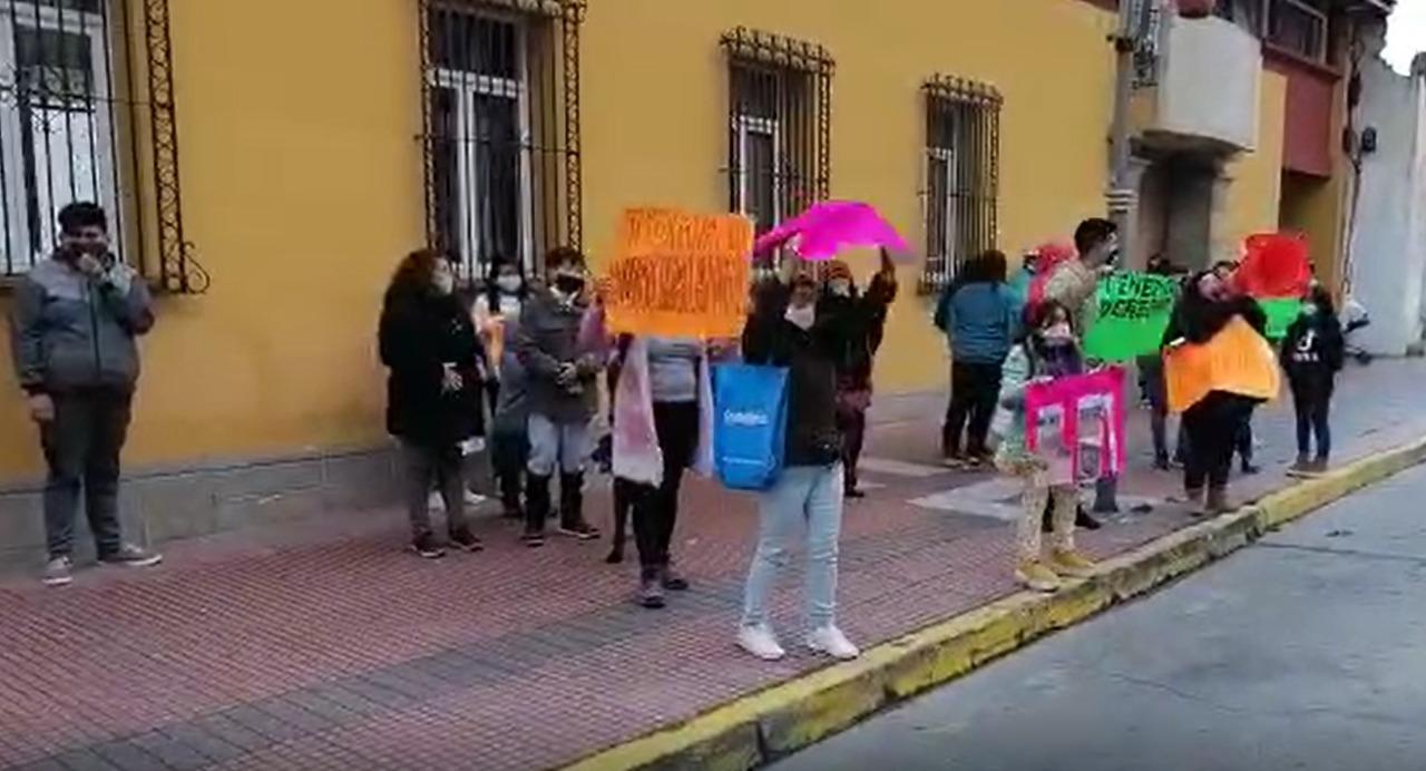 Otras 30 familias de Huachalalume reclaman por una vivienda propia y generan conflicto entre vecinos.