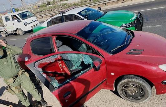 Detienen a conductor de vehículo por evadir control policial e intentar atropellar a carabineros