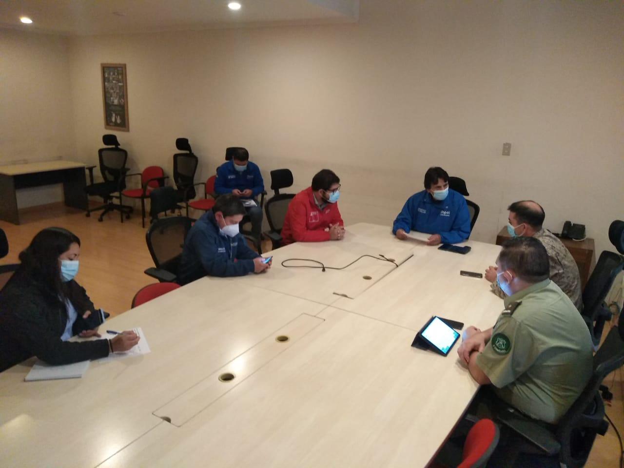 Autoridades se reúnen para planificar labores para la cuarentena en Illapel