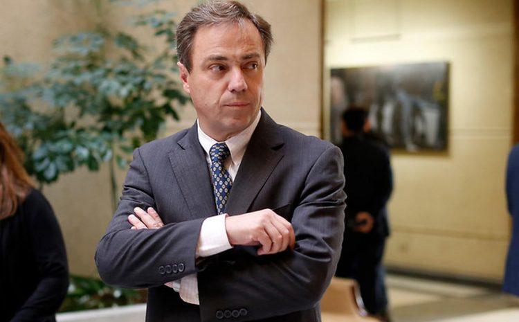 """Diputado Eguiguren (RN): """"El presidente tiene hasta el martes para retirar el requerimiento del TC""""."""