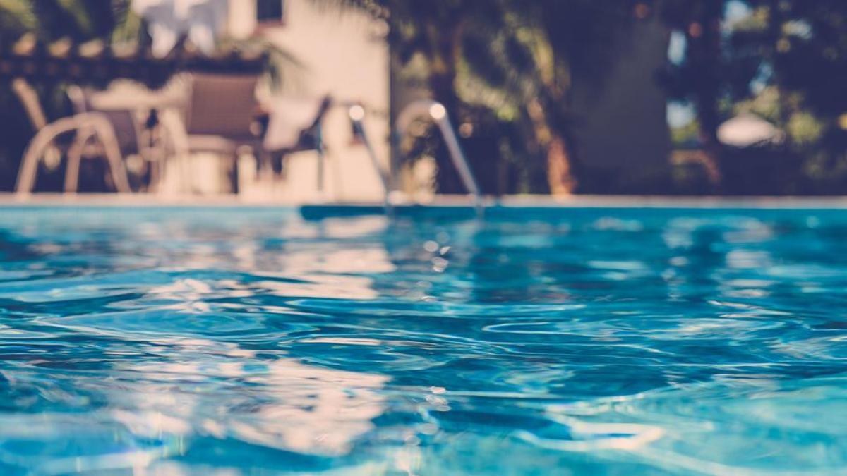 Niño de dos años murió tras caer en piscina en Pan de Azúcar
