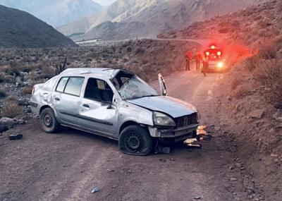 Mujer fallece en volcamiento de automóvil en el Valle de Elqui