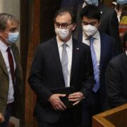 Cámara rechaza la acusación constitucional contra el ministro de Educación Raúl Figueroa