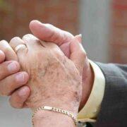 IPS renueva llamado a parejas con 50 años de matrimonio a solicitar Bono Bodas de Oro