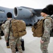 """EEUU abandona por completo Afganistán: """"El último soldado ya salió"""""""