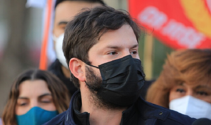 Pulso Ciudadano: Boric lidera preferencias y más de un 70% aprueba el 4° retiro