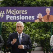 Presidente Piñera firma proyecto de ley de pensiones para enviarlo al Congreso