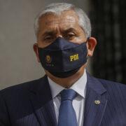 Prisión preventiva para exdirector de la PDI, Héctor Espinosa, por malversación de caudales públicos