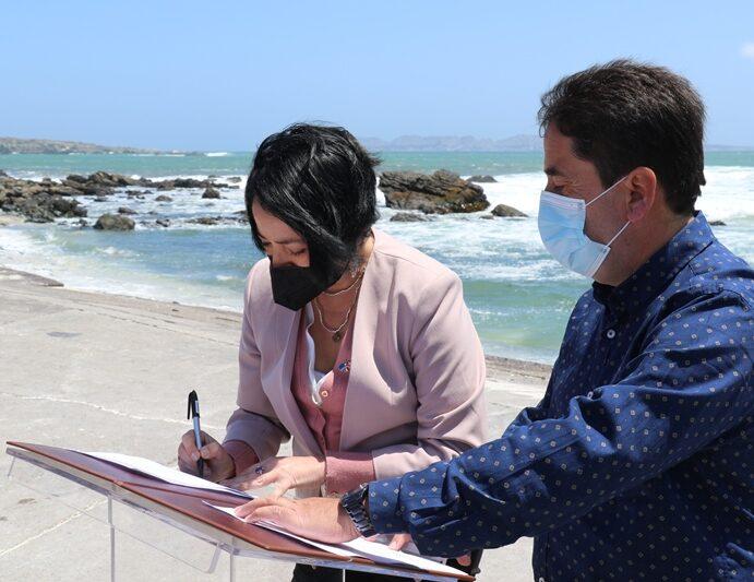 Se firmó acuerdo birregional para proteger Archipiélago de Humboldt.