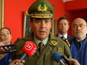 General de Carabineros pidió disculpas a Bomberos por lesión por lacrimógenas